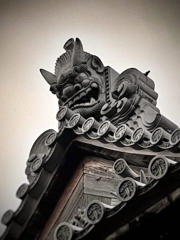 fukuoka-photo-tour-gargoyle